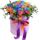 """Композиция """"Радужные розы в шляпной коробке"""""""